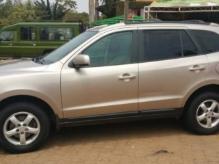 ID:0005, Hyundai Santa-fe for sale in Kigali